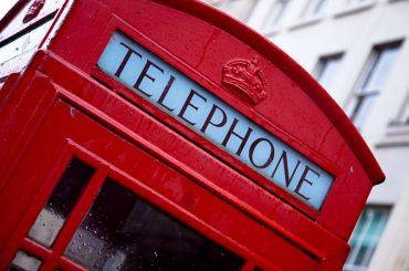 Phrasal Verbs – Como atender o telefone?